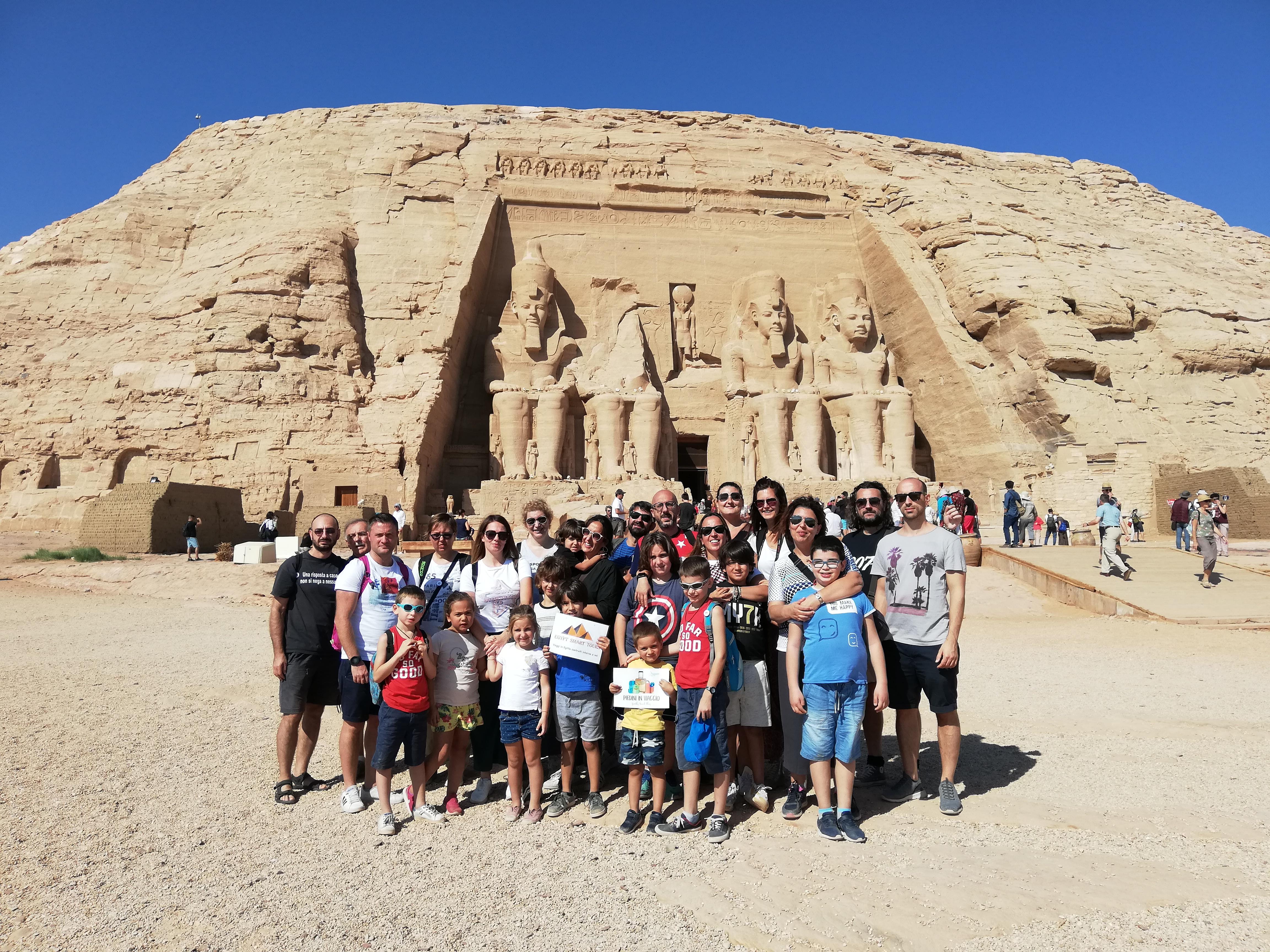 Abu Simbel con Piedini in Viaggio