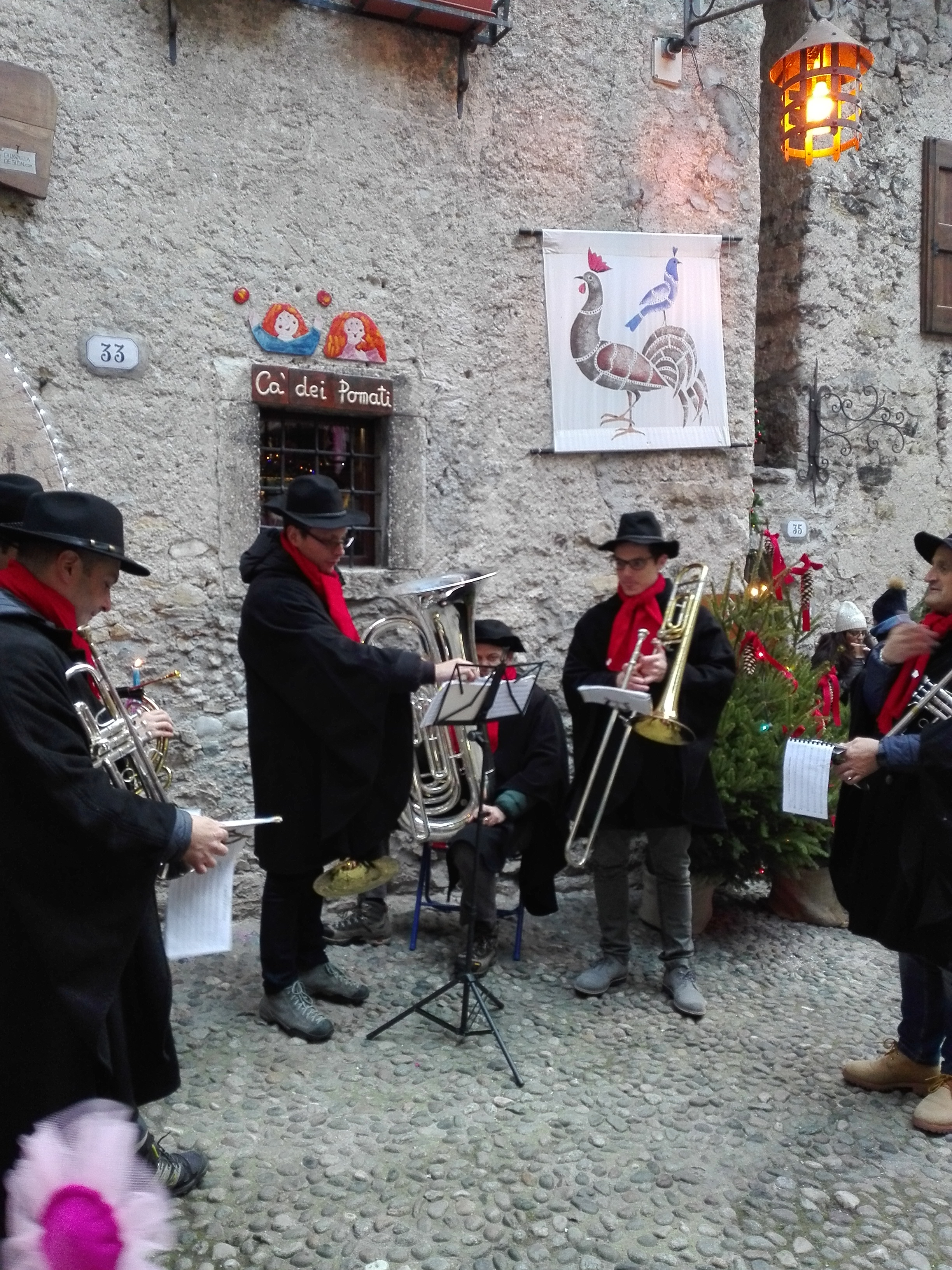 Musica tradizionale fra le vie del Borgo