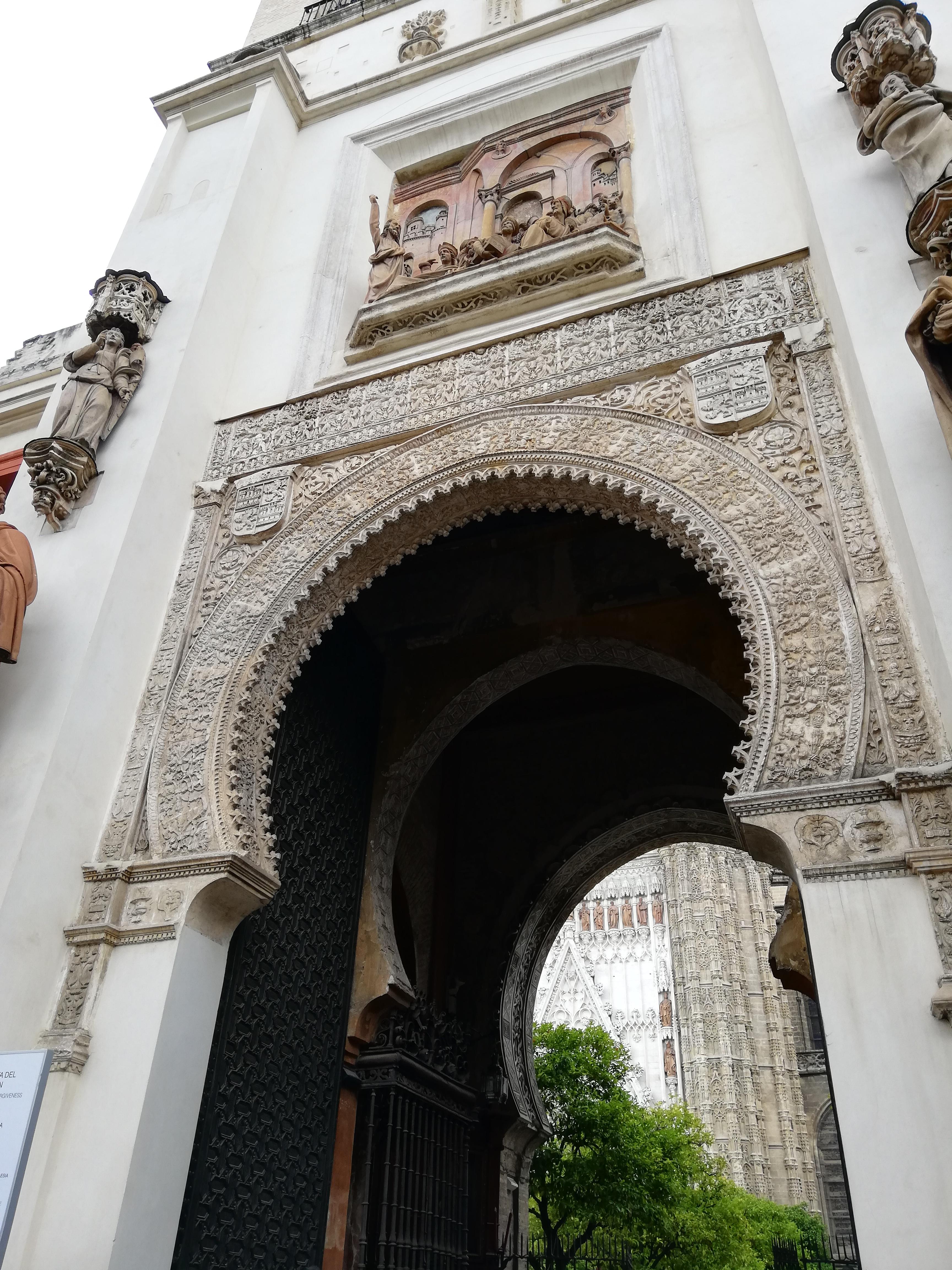 Puerta del perdon - siviglia